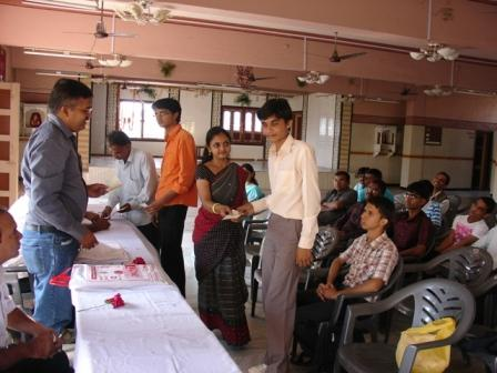 Issueing Cheques to Students by SPEF Bilimora
